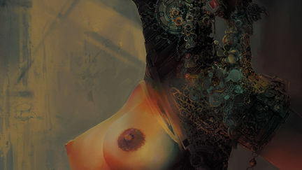 untitled queen (nudity)