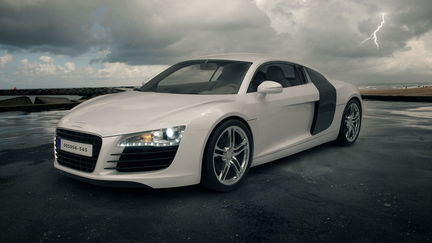 Audi R8 - Outdoor .