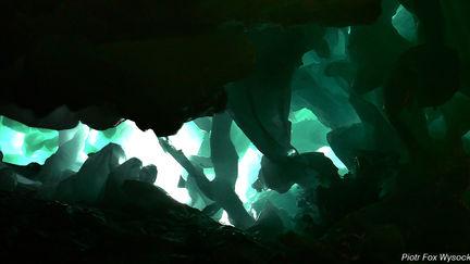 Alien world (cave) mattepanting