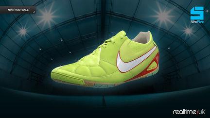 Nike T7